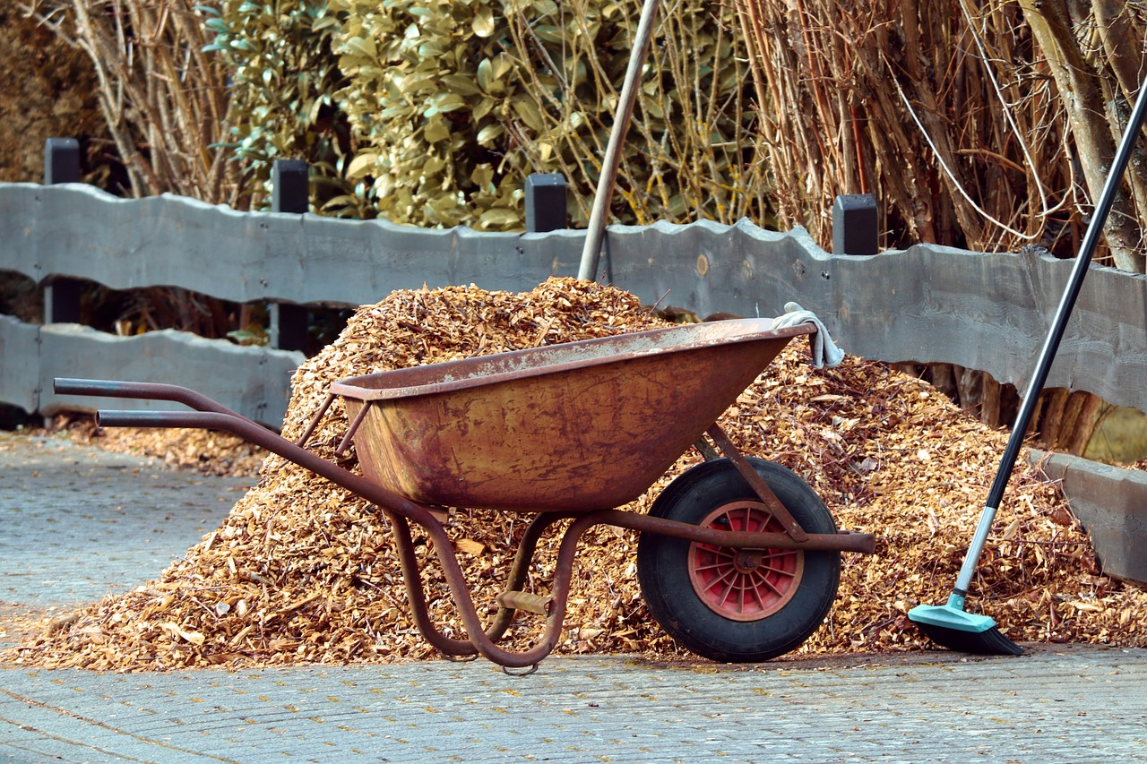 advantages of mulch